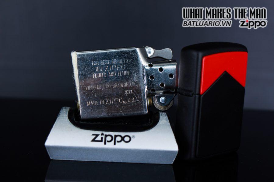 ZIPPO LA MÃ 1995 – MARLBORO BLACK & RED 4