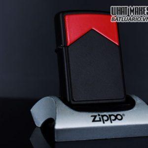 ZIPPO LA MÃ 1997 – MARLBORO BLACK & RED