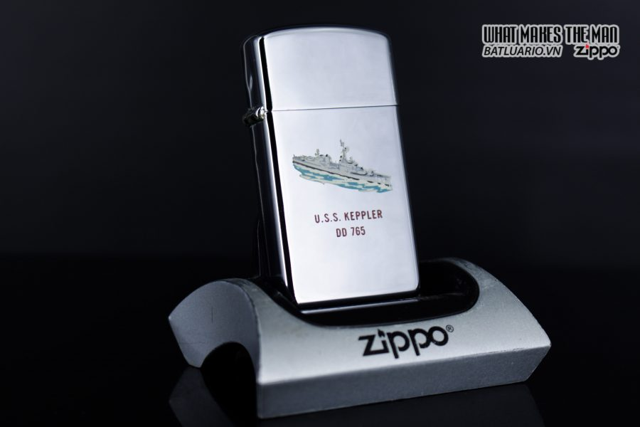 ZIPPO SLIM 1964 - TOWN & COUNTRY - USS KEPPLER DD 765