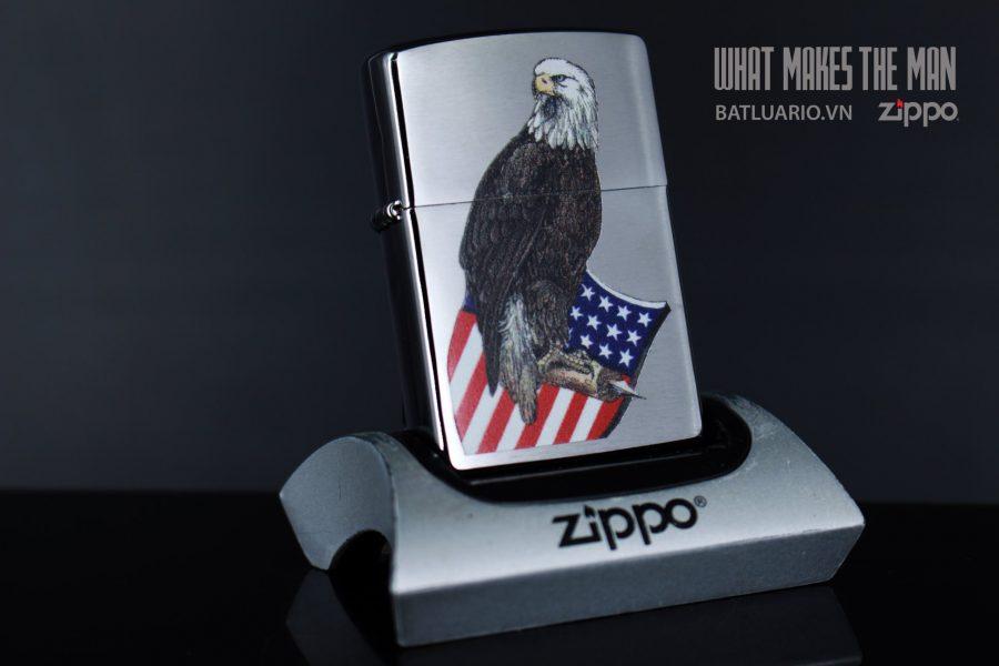 ZIPPO 200 EAGLE AND SHIELD
