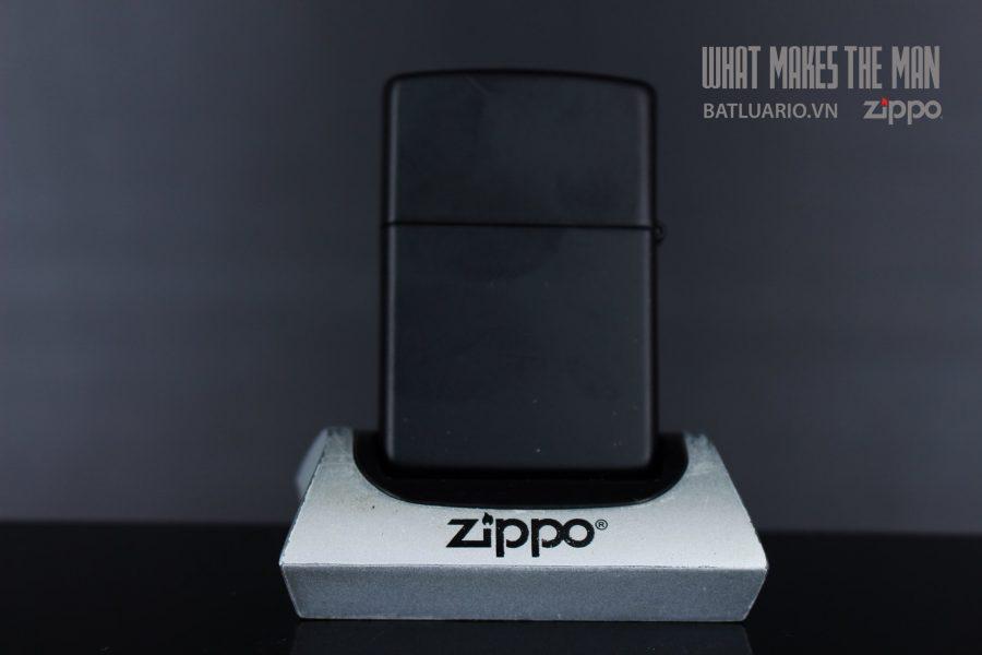 ZIPPO 218 BATTLE OF BERLIN DESIGN 2