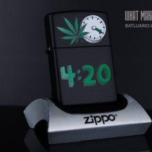 ZIPPO 218 LEAF 420 CLOCK