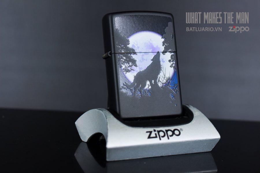 ZIPPO 218 WOLF HOWL MOON