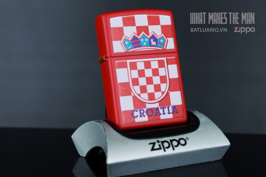 ZIPPO 233 CROATIA CREST CHECKERED BACK