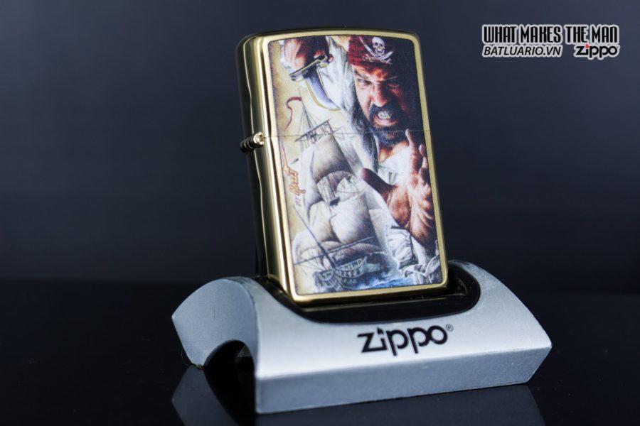 Zippo 29781 – Zippo Mazzi Pirate Ship Brush Brass 1