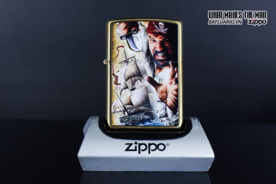 Zippo 29781 – Zippo Mazzi Pirate Ship Brush Brass 2