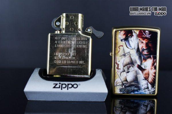 Zippo 29781 – Zippo Mazzi Pirate Ship Brush Brass 8