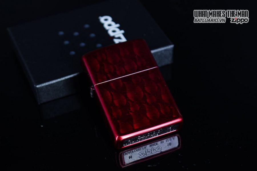 Zippo 29824 – Zippo Iced Zippo Flame Design Candy Apple Red 14