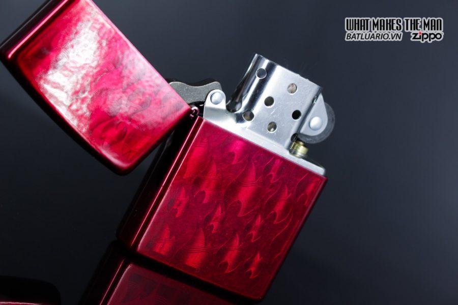 Zippo 29824 – Zippo Iced Zippo Flame Design Candy Apple Red 5