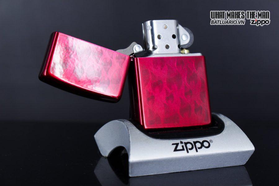 Zippo 29824 – Zippo Iced Zippo Flame Design Candy Apple Red 7