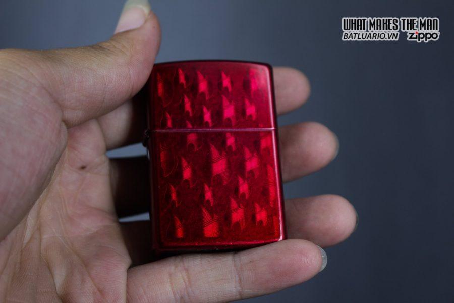 Zippo 29824 – Zippo Iced Zippo Flame Design Candy Apple Red 9