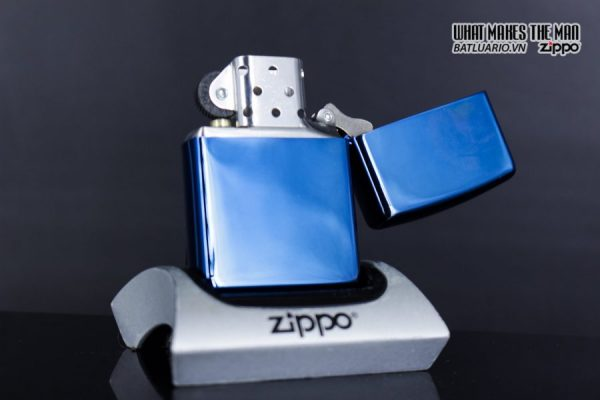 Zippo 29827 – Zippo Tree Rings Design High Polish Blue 5