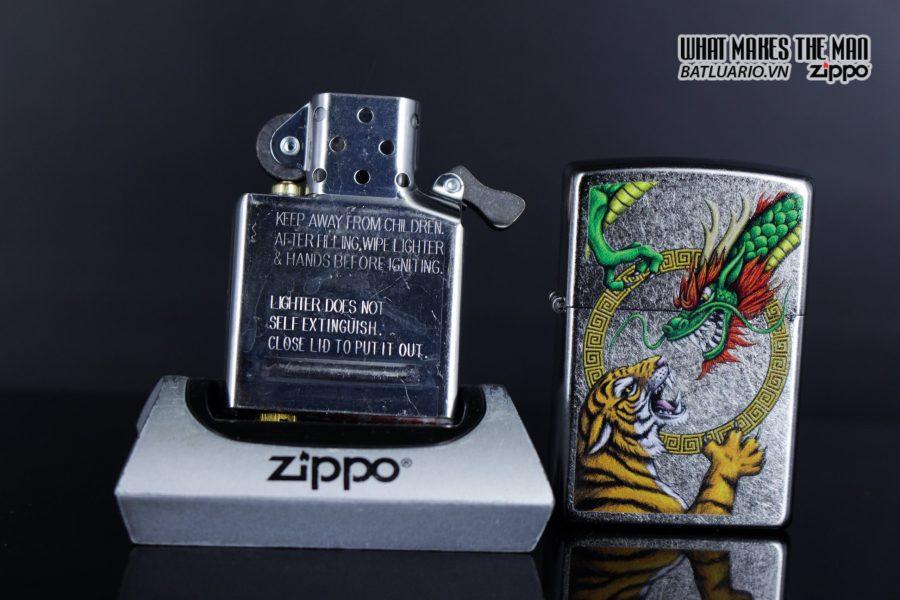 Zippo 29837 – Zippo Chinese Dragon Design Street Chrome 11