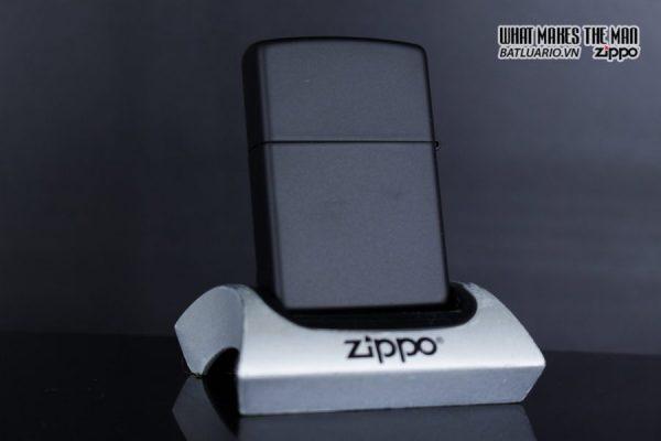 Zippo 29840 – Zippo Dragon Ace Design Black Matte 7