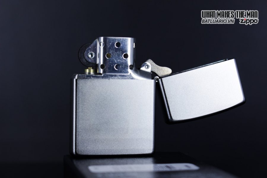 Zippo 29857 – Zippo Labyrinth Design Satin Chrome 6