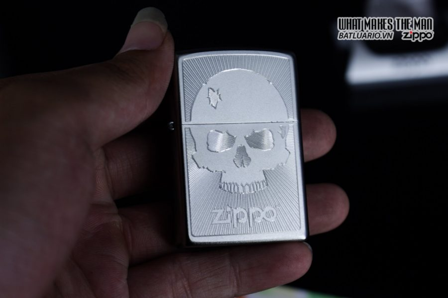 Zippo 29858 – Zippo Skull with Lines Satin Chrome 11