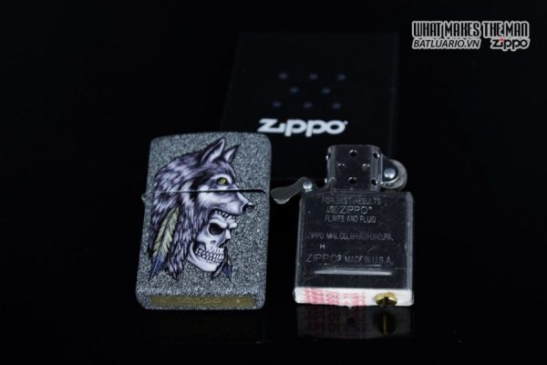 Zippo 29863 – Zippo Wolf Skull Feather Design Iron Stone 11
