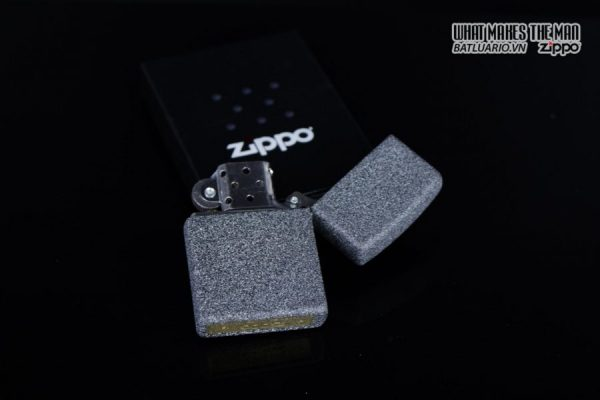Zippo 29863 – Zippo Wolf Skull Feather Design Iron Stone 7
