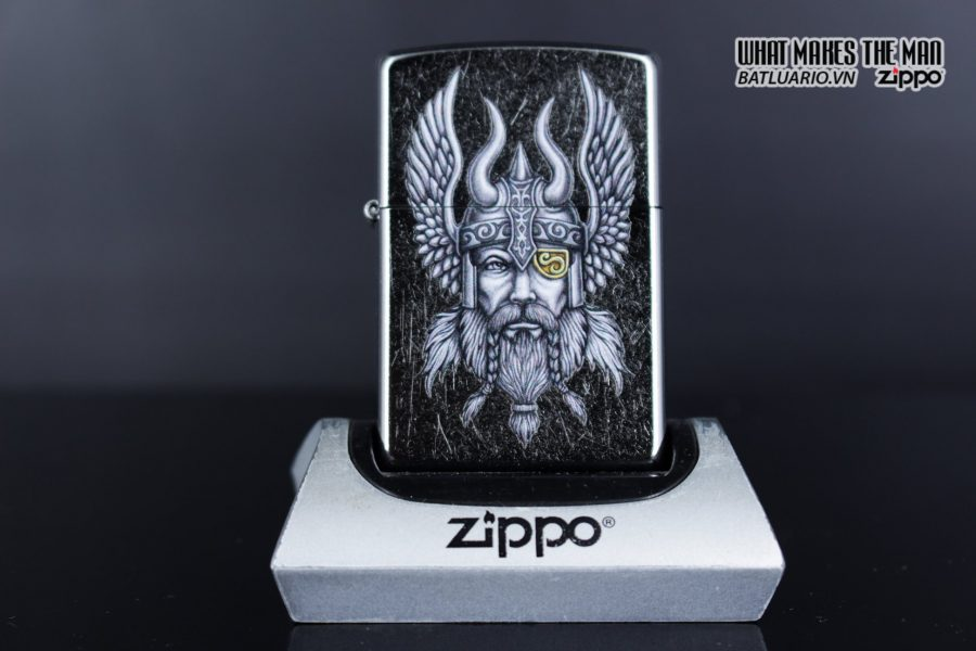Zippo 29871 – Zippo Viking Warrior Design Street Chrome 1