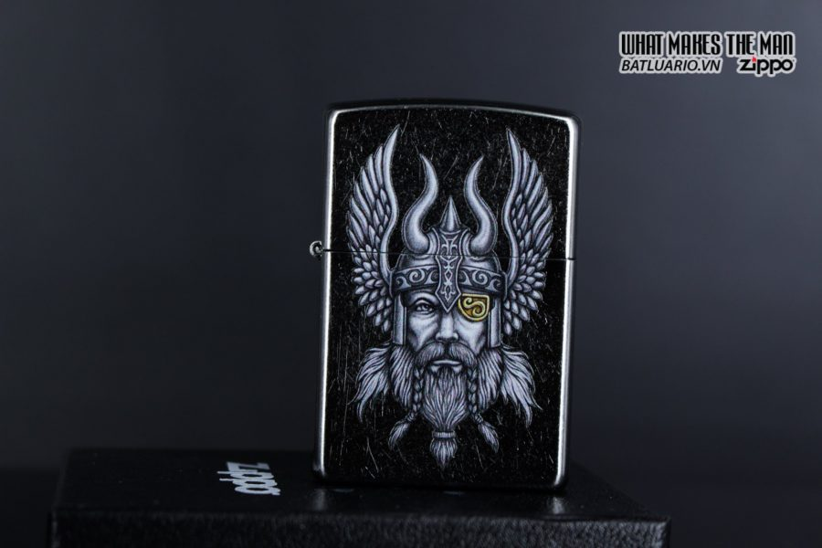 Zippo 29871 – Zippo Viking Warrior Design Street Chrome 12