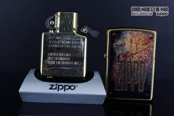 Zippo 29879 – Zippo Rusty Plate Design Brushed Brass 12