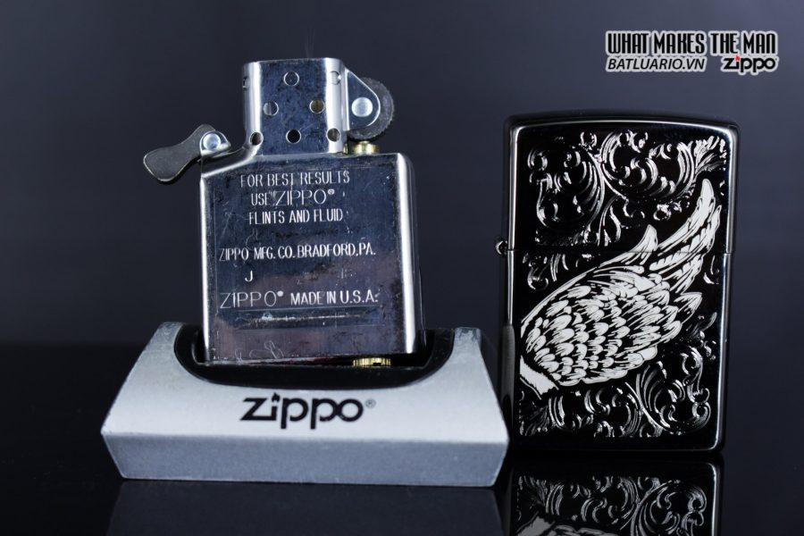 Zippo 29881 – Zippo A Gift of Wings Black Ice 13