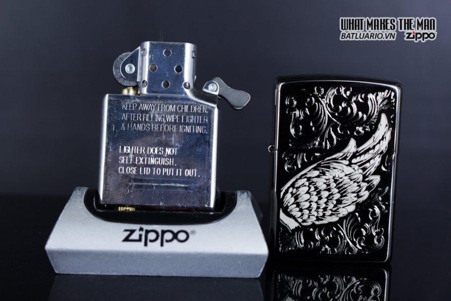 Zippo 29881 – Zippo A Gift of Wings Black Ice 14