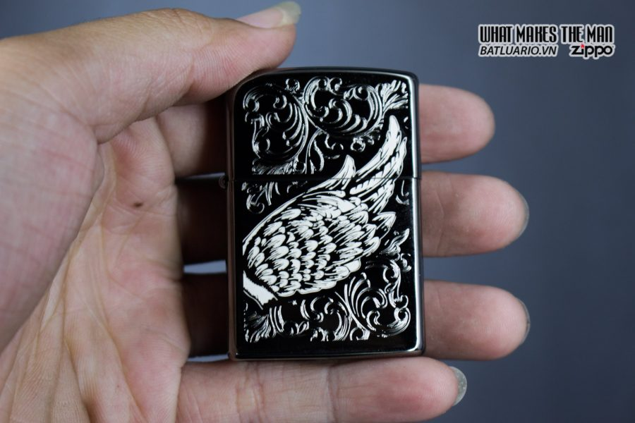 Zippo 29881 – Zippo A Gift of Wings Black Ice 5