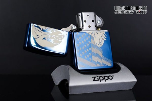 Zippo 29882 - Zippo Eagle & Flag Design High Polish Blue 2