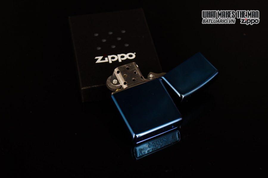 Zippo 29882 - Zippo Eagle & Flag Design High Polish Blue 9