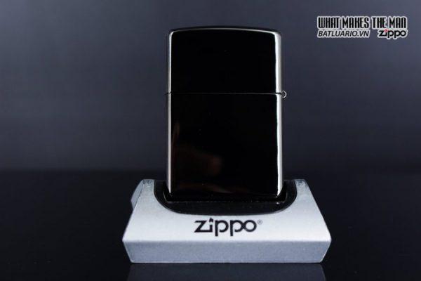 Zippo 29883 – Zippo Fancy Skull Design Black Ice 9