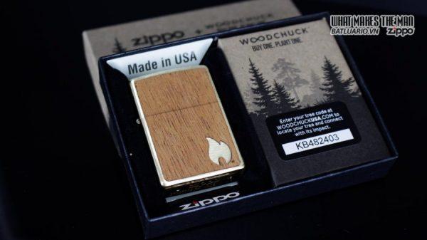 Zippo 29901 – Zippo Woodchuck Sweep Walnut Brush Brass Mahogany Emblem 1
