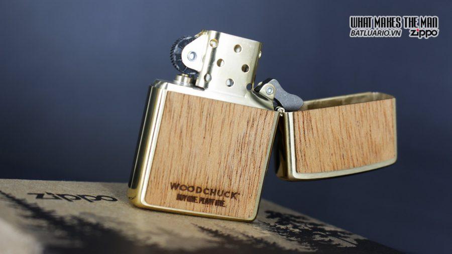 Zippo 29901 – Zippo Woodchuck Sweep Walnut Brush Brass Mahogany Emblem 10