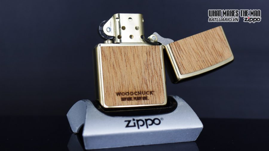 Zippo 29901 – Zippo Woodchuck Sweep Walnut Brush Brass Mahogany Emblem 13