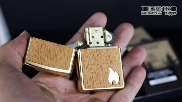 Zippo 29901 – Zippo Woodchuck Sweep Walnut Brush Brass Mahogany Emblem 3