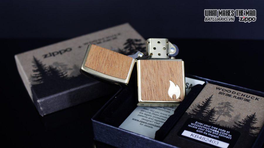 Zippo 29901 – Zippo Woodchuck Sweep Walnut Brush Brass Mahogany Emblem 6