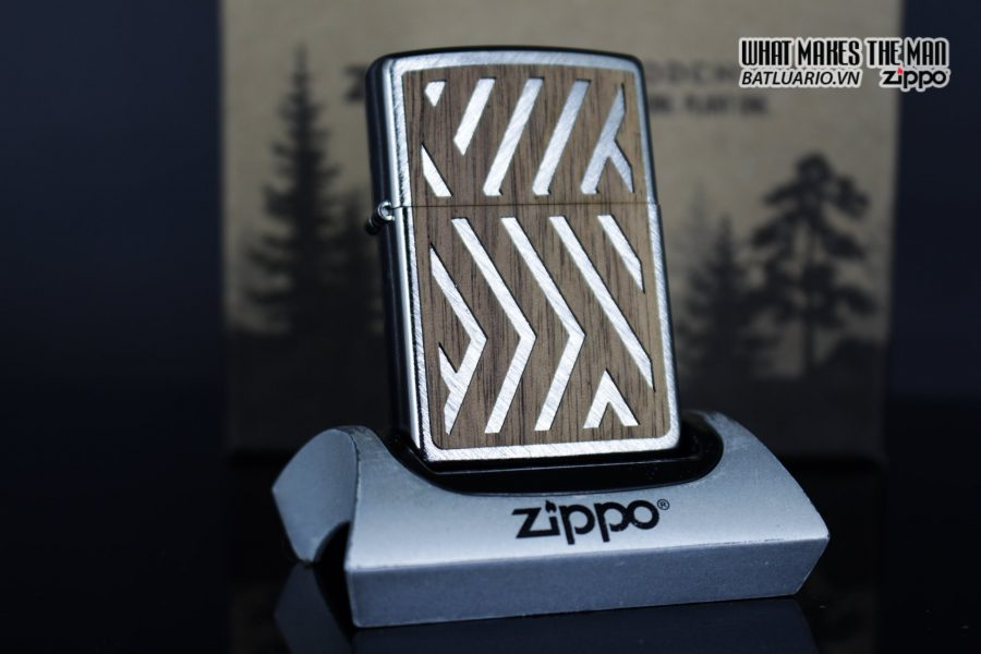 Zippo 29902 – Zippo Woodchuck Paths Heringbone Sweep Walnut Emblem 18