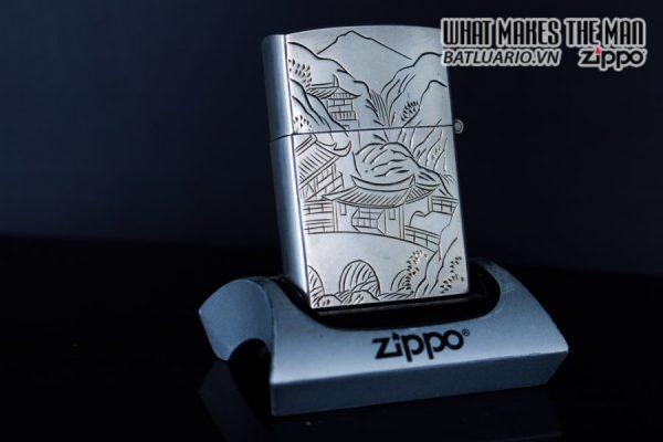 ZIPPO BẠC NHẬT - TRANH CHÙA 2