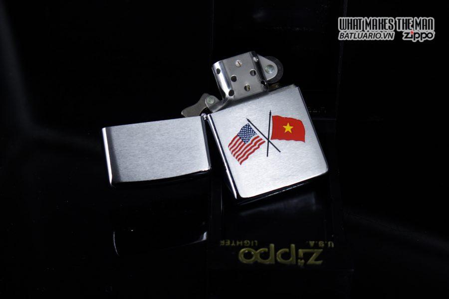 ZIPPO 2001 – AMERICAN & VIETNAM FLAG