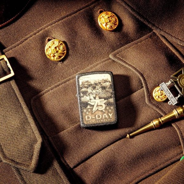 ZIPPO 29930 - ZIPPO D-DAY 75TH ANNIVERSARY COMMEMORATIVE GIFT SET 3