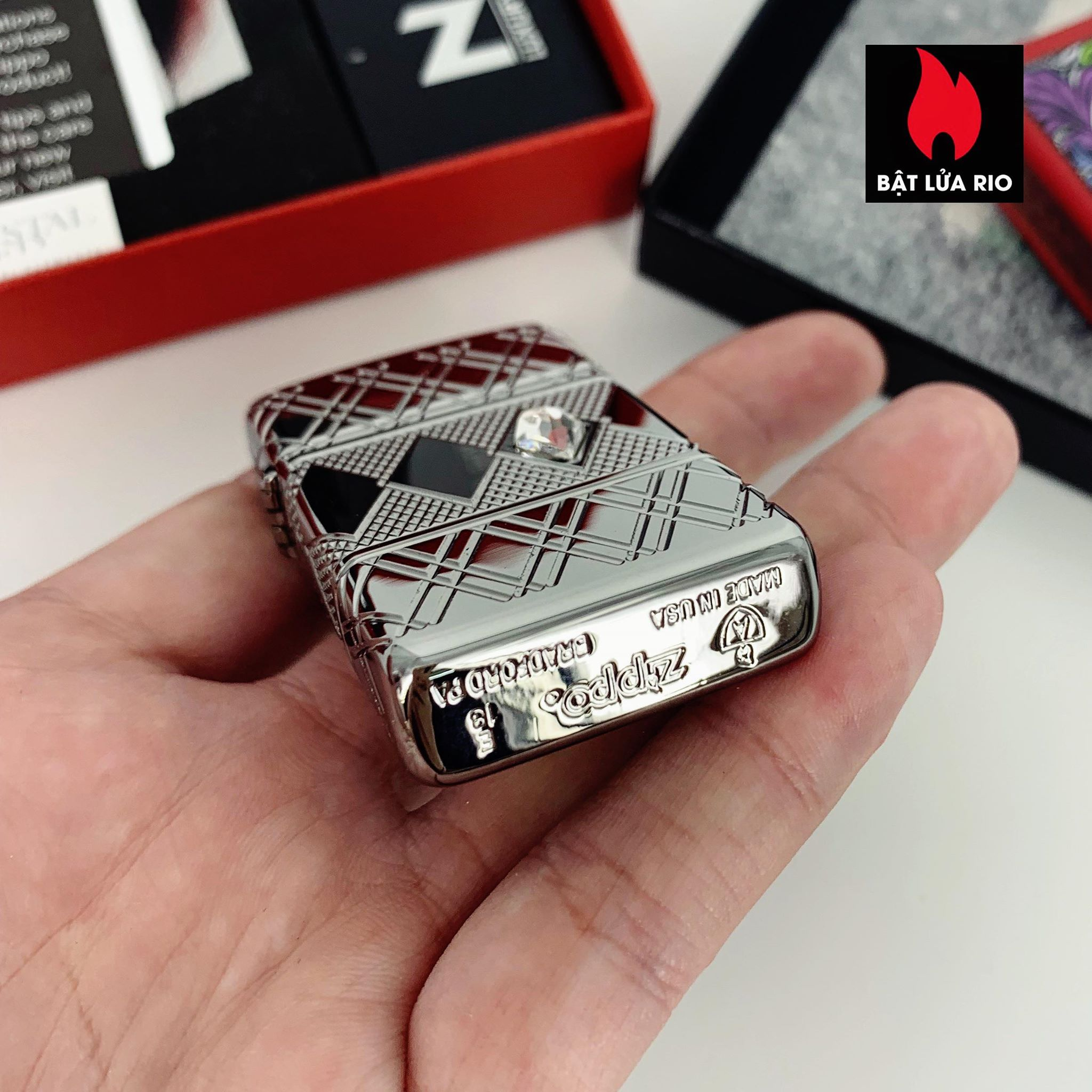Zippo 49052 - Zippo Slim® Armor® Diamond Pattern Design High Polish Chrome 2