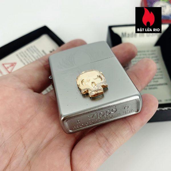 Zippo 49034 - Zippo Gold Skull Design Swarovski® Satin Chrome 5