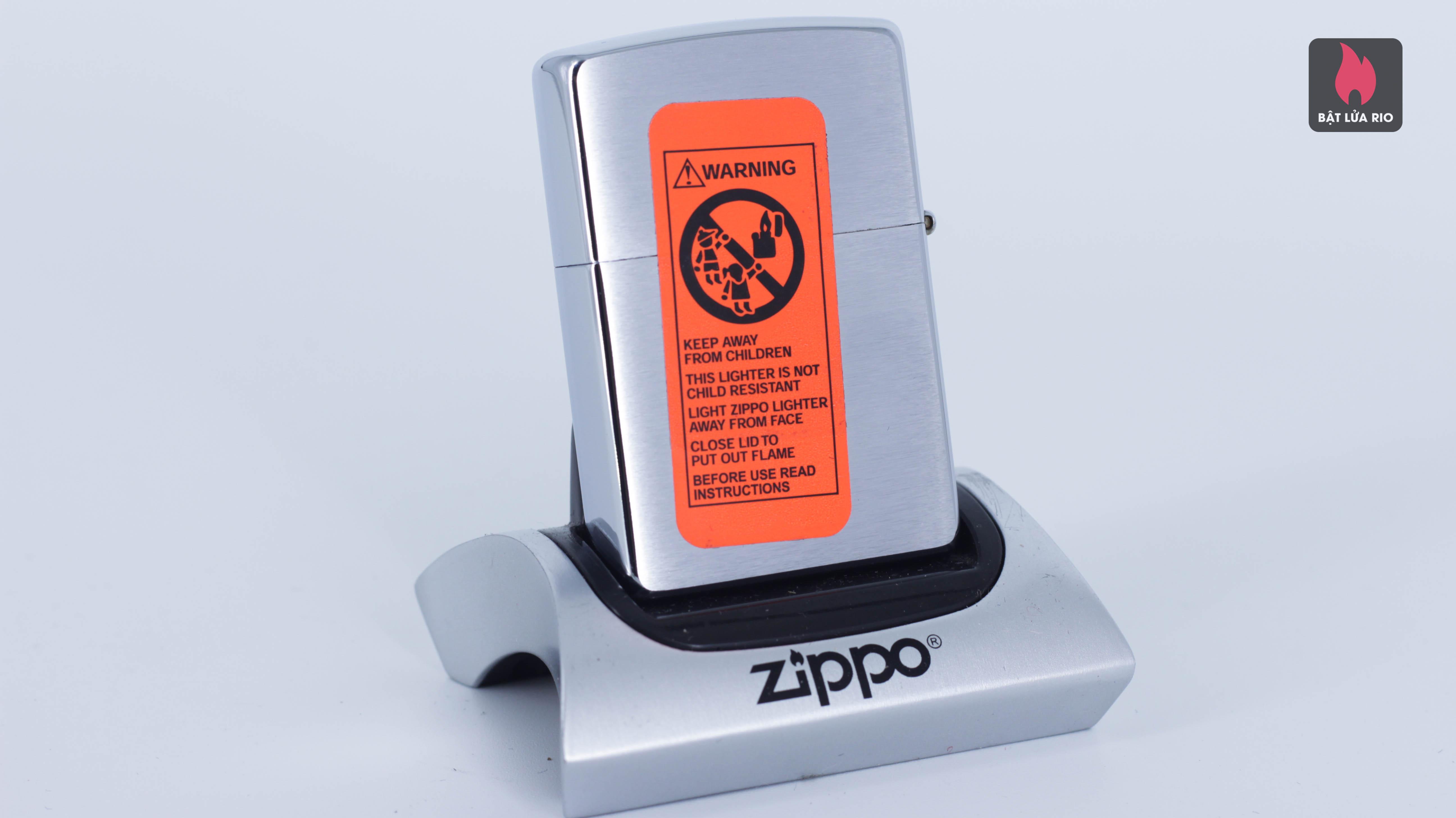 ZIPPO 2002 - DOLPHINS