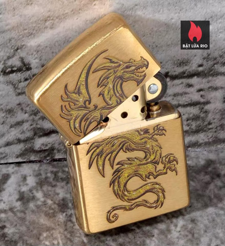 Zippo 29725 - Zippo Dragon Design Brushed Brass 1