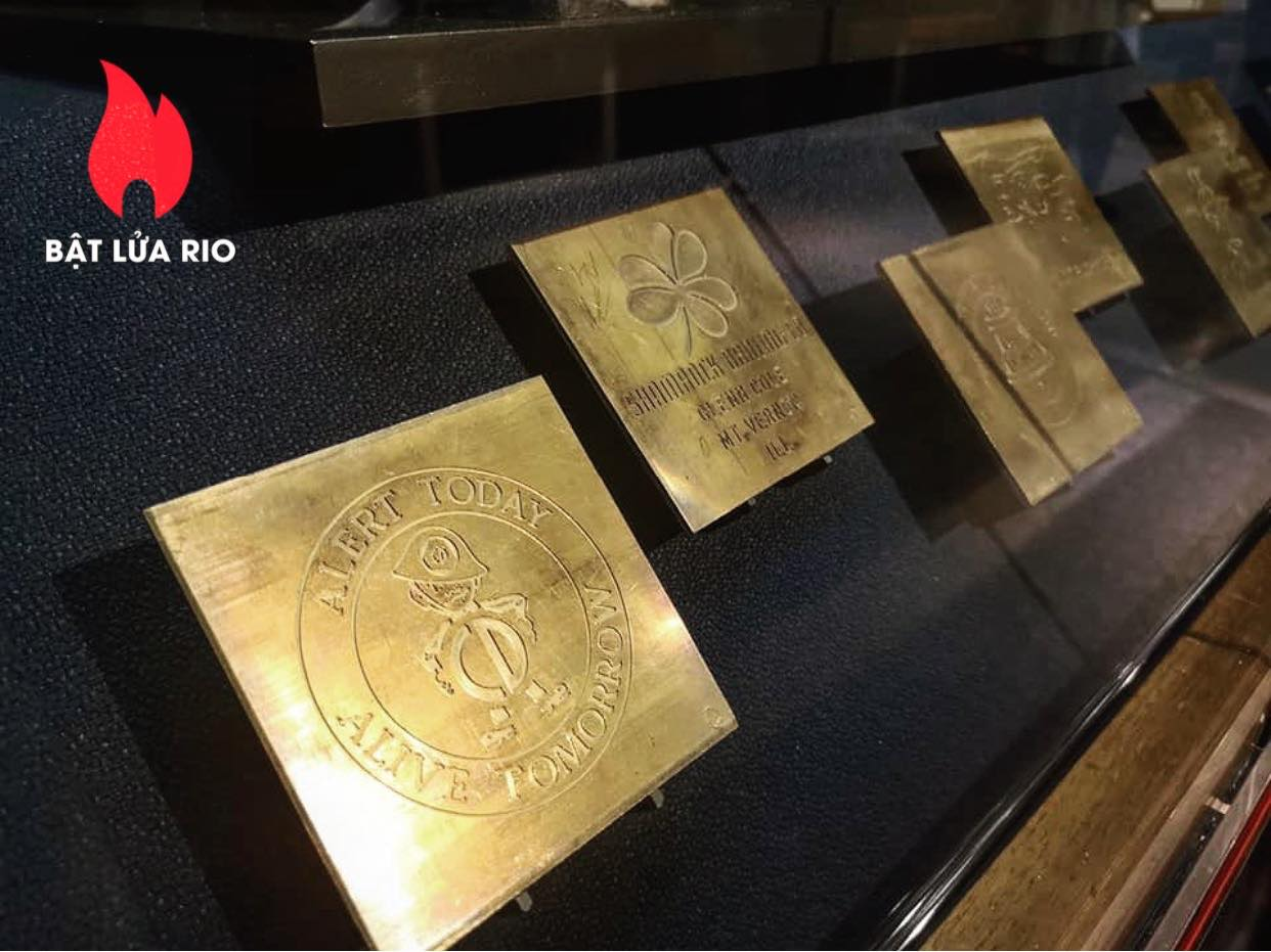 THAM QUAN BẢO TÀNG ZIPPO/CASE - ZIPPO/CASE MUSEUM 114