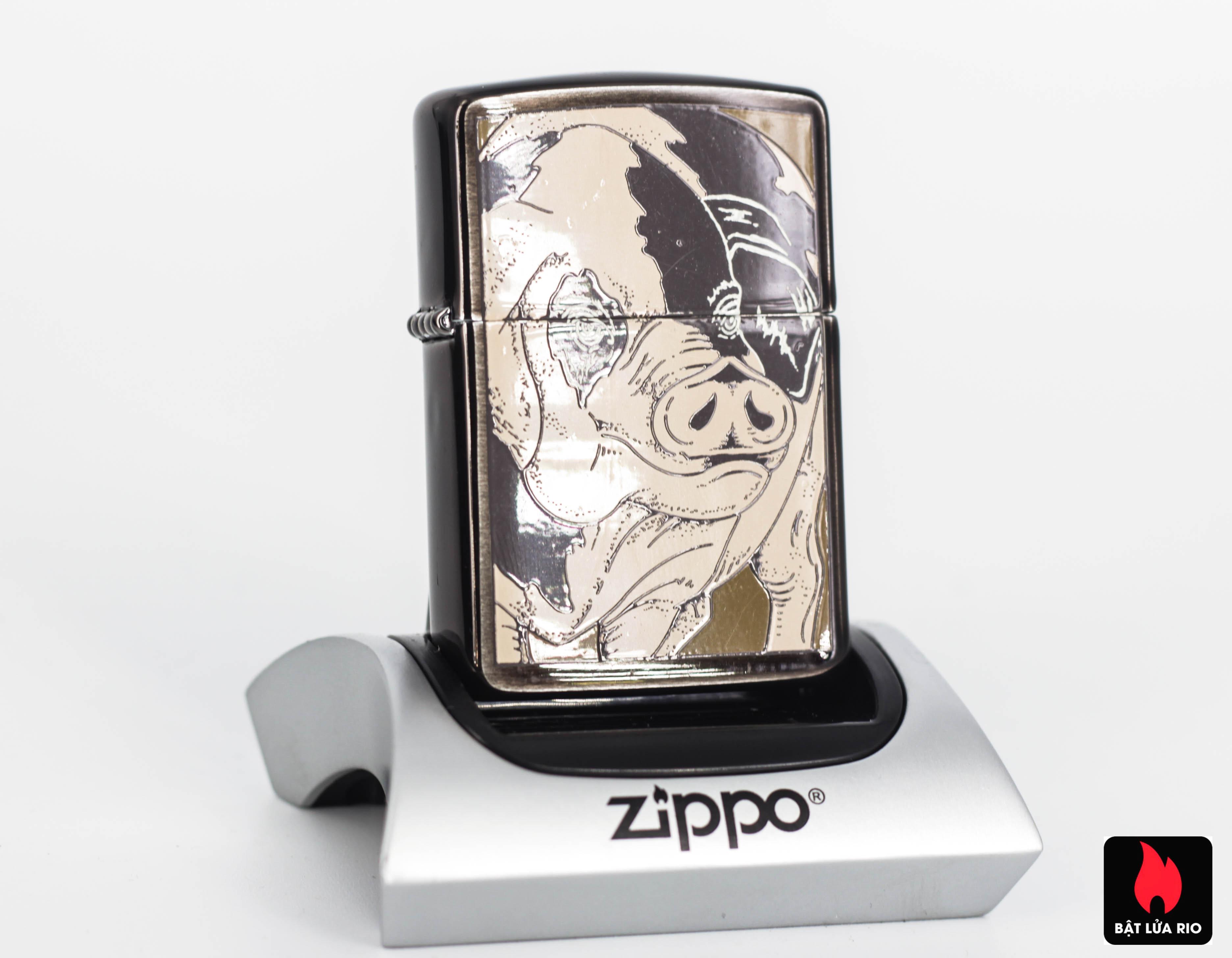 ZIPPO LA MÃ 1995 – PIG – BARRETT SMYTHE MIDNIGHT COLECTION