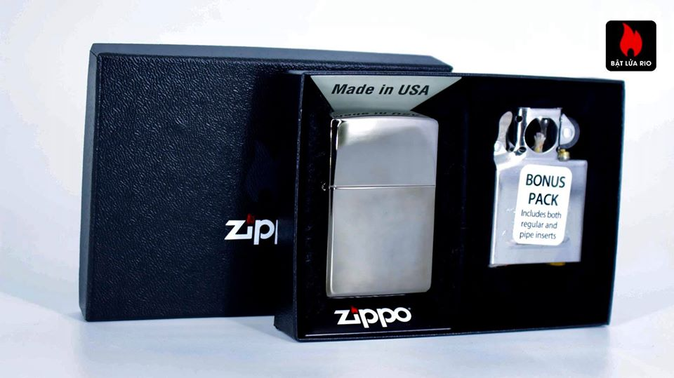 Zippo 29789 – Zippo Black Ice® Lighter & Pipe Insert 1