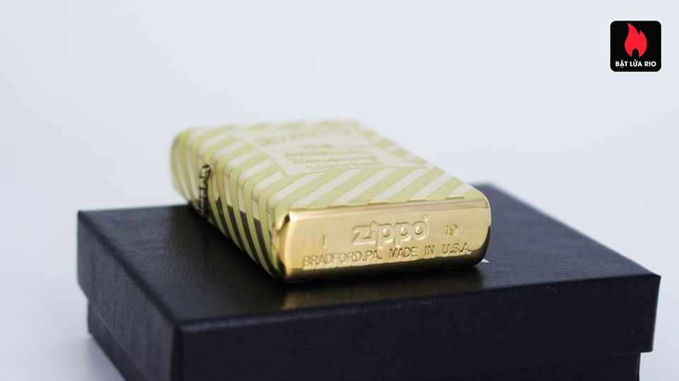 Zippo 49075 – Zippo Vintage Zippo Box Top High Polish Solid Brass 10