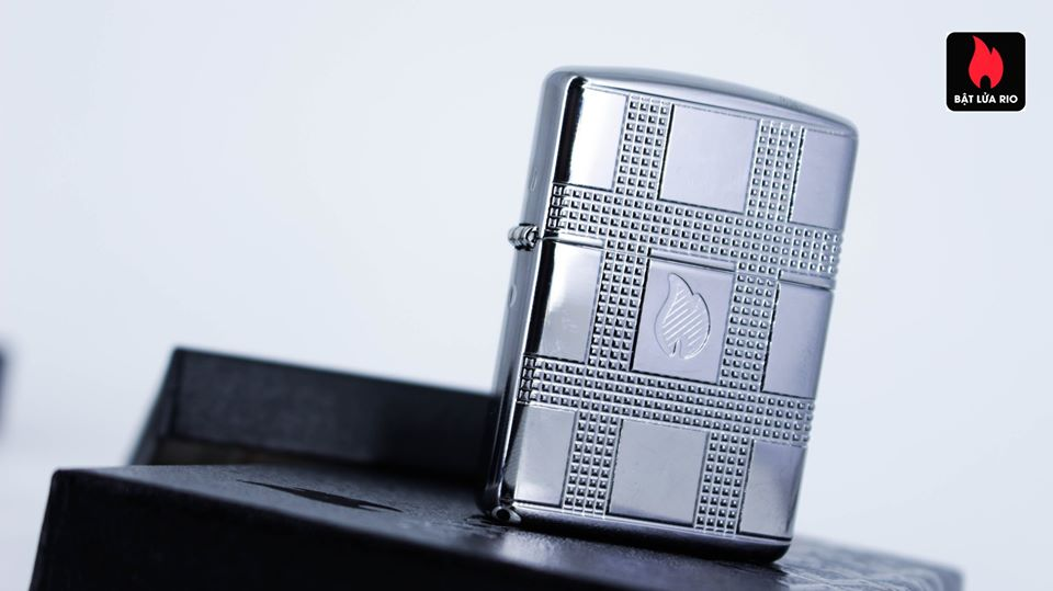 Zippo 49079 - Zippo Geometric Design Armor High Polish Chrome 17