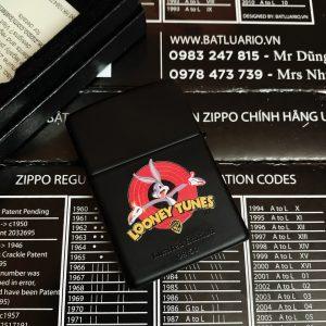 ZIPPO 218 IN MÀU LOONEY TUNES - ZIPPO 218.LOONEYTUNES